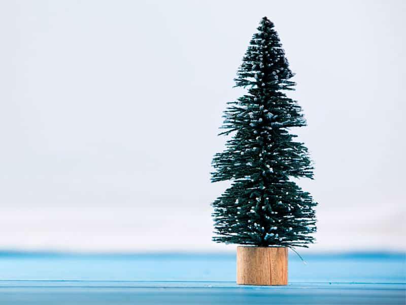 Künstliche Weihnachtstannen